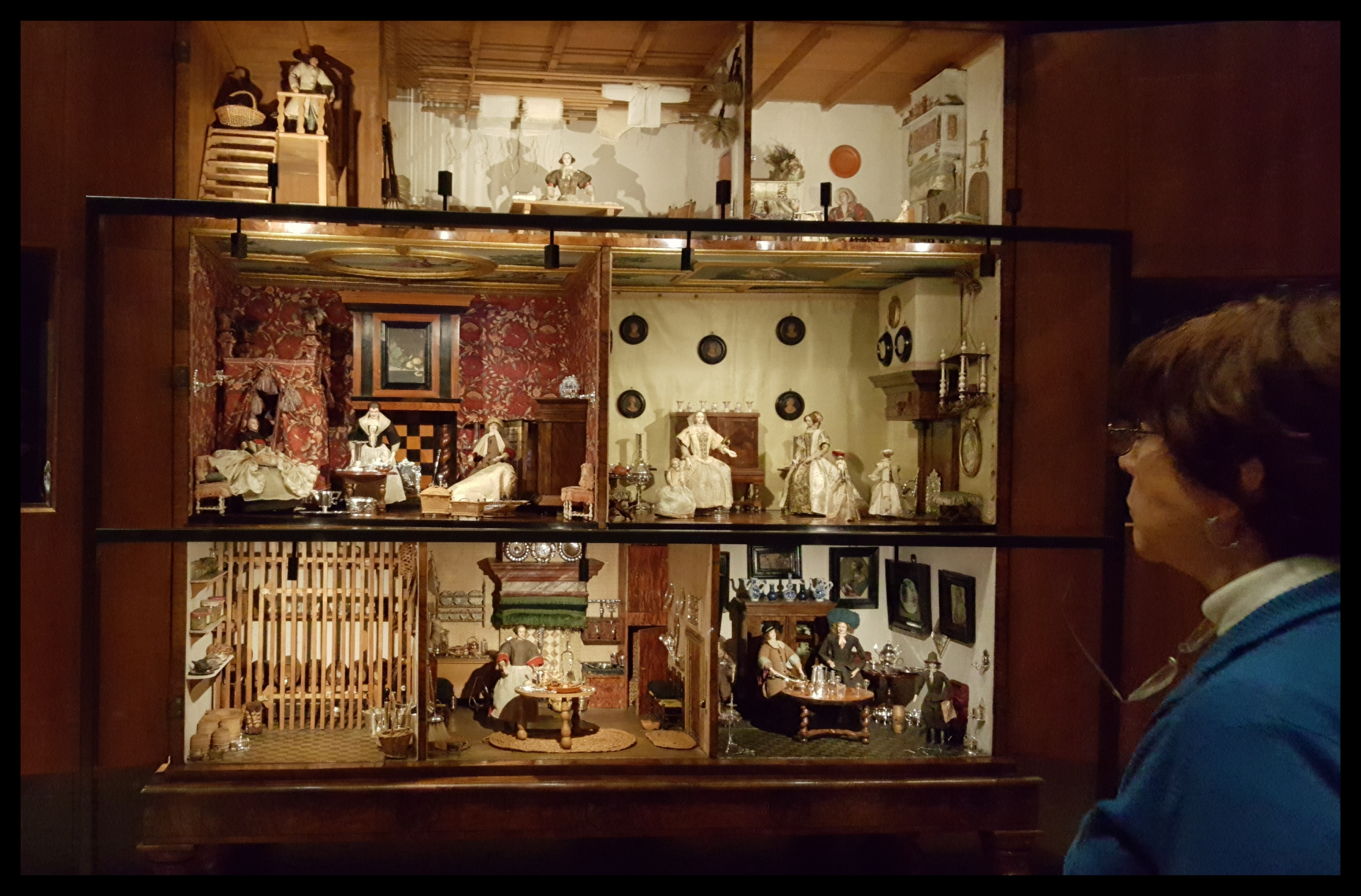 The Rijksmuseum also has some wonderful doll houses.