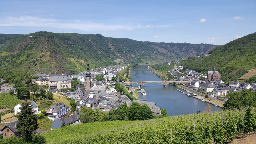Adventures of Tipsy Cave People in Cochem on the Moselle