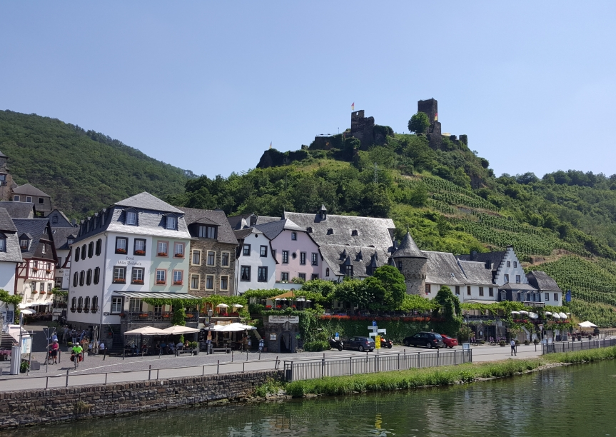 Beilstein from the boat. Photo by Dragonfly Leathrum