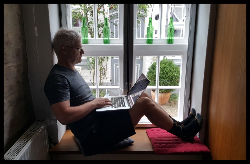 Andreas working in the Airbnb. Photo by Dragonfly Leathrum