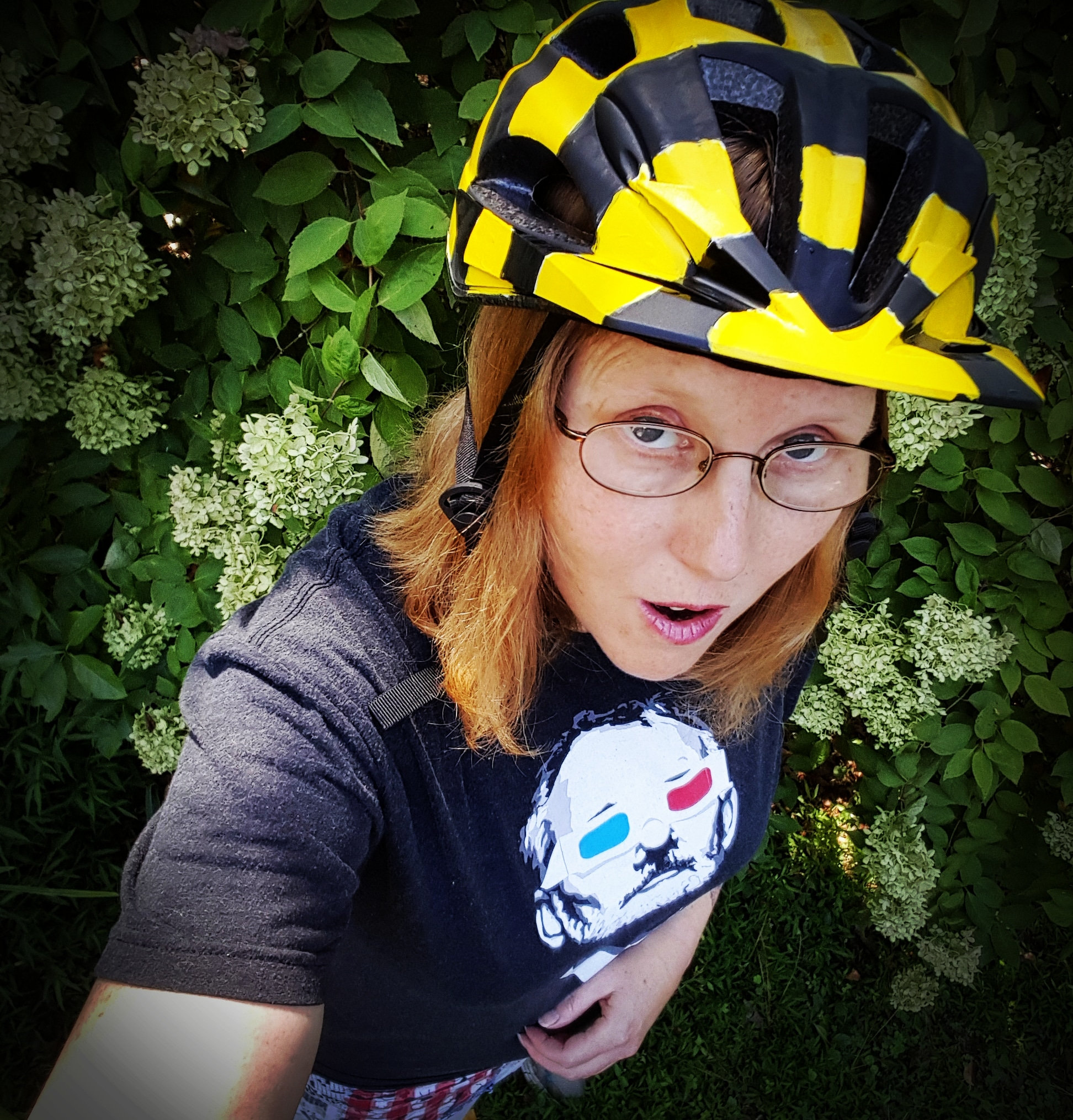 New bumble Bee bike helmet using acrylic paint. Drivers beware. Selfie by Dragonfly Leathrum